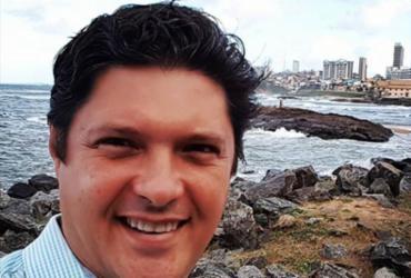 Assaltantes põem fogo em carro com jornalista da TV Bahia na mala | Reprodução | Instagram