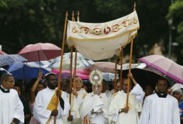 Devotos participam de procissão em feriado de Corpus Christi | Raul Spinassé | Ag. A TARDE