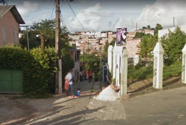 Escada desaba e atinge mulher em Pirajá | Reprodução | Google Maps