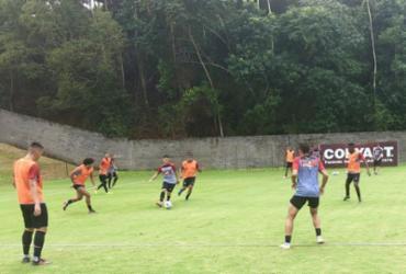 Sob chuva, Vitória treina em dois períodos na Toca do Leão | Divulgação | EC Vitória