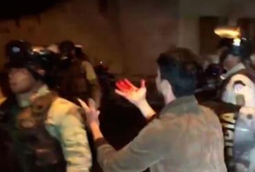 'Espadeiros' e policiais entram em confronto em Senhor do Bonfim  