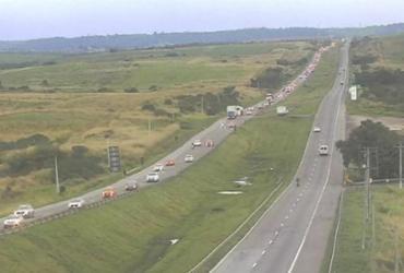 Motoristas enfrentam trânsito lento na volta a Salvador | Divulgação | ViaBahia