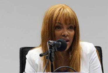 Deputada Flordelis presta depoimento à polícia sobre morte de marido | Fabio Rodrigues Pozzebom l Agência Brasil