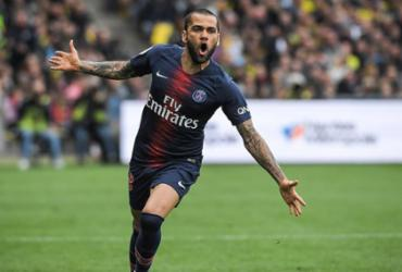 Daniel Alves anuncia saída do Paris Saint-Germain | Loic Venance | AFP