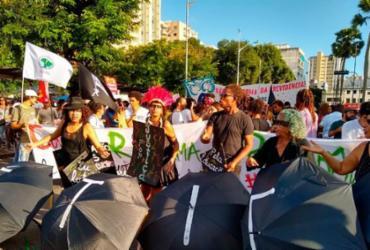 Marcha contra reforma da Previdência reúne centenas no centro de Salvador | Raul Aguilar | Ag. A TARDE