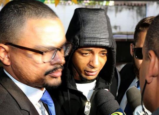 Digital influencer Iuri Sheik, suspeito de matar empresário, se entrega à polícia | Alberto Maraux l SSP-BA