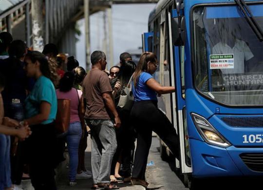 Esquema especial de trânsito e transporte é realizado para concurso da prefeitura | Raul Spinassé | Ag. A TARDE