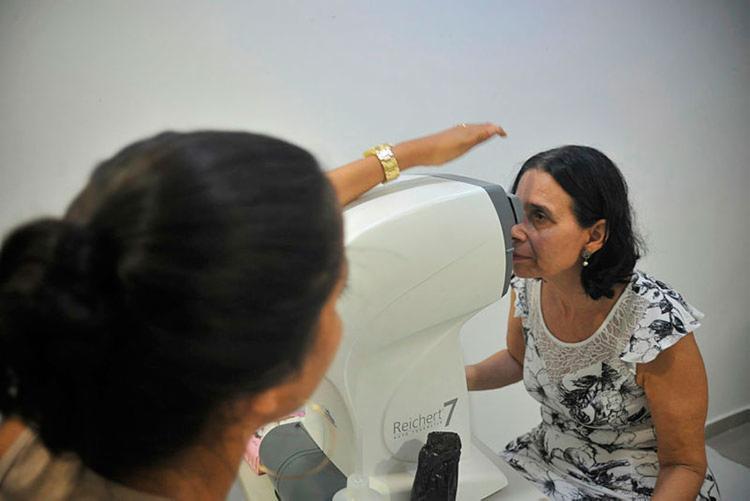 Antes do atendimento, os pacientes passarão por uma triagem de exames - Foto: Felipe Iruatã   Ag. A TARDE