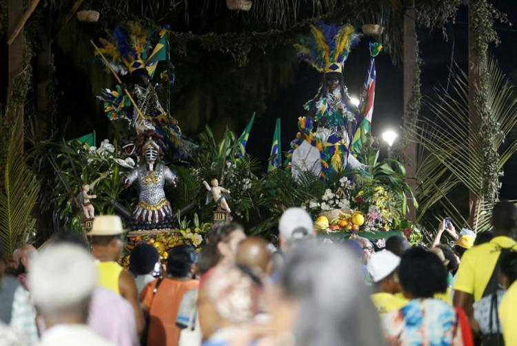 O concurso cultural 'Aos pés do caboclo', irá selecionar duas pessoas para subirem no monumento - Foto: Adilton Venegeroles | Ag. A TARDE