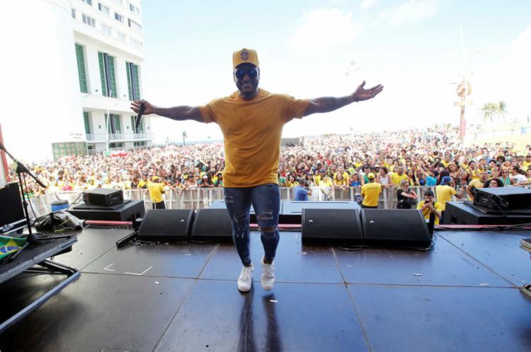 Show terá seu início a partir das 14h30 e vai apresentar repertório com vários hits, incluindo Abaixa Que é Tiro, vencedora do troféu de melhor música do carnaval 2019 - Foto: Margarida Neide | Ag. A TARDE