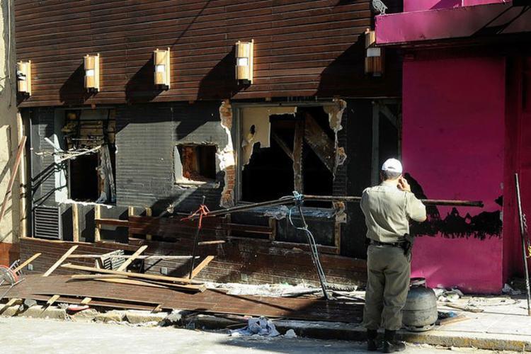 Incêndio causou a morte de 242 pessoas e 636 ficaram feridas - Foto: Wilson Dias l Agência Brasil l Arquivo