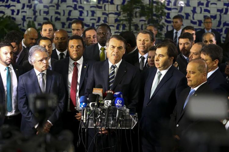 Bolsonaro foi ao Congresso levar texto que amplia validade da CNH - Foto: Karine Melo e Andreia Verdélio l Agência Brasil