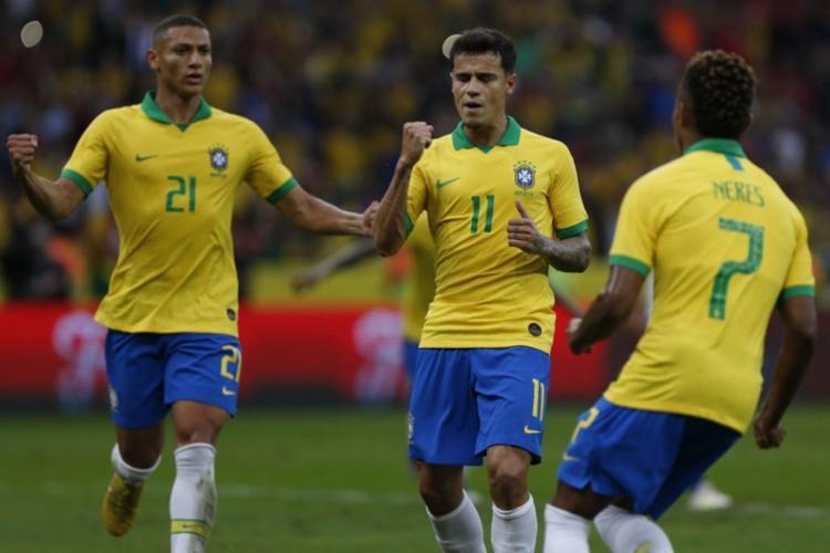 Meia Philippe Coutinho marcou um dos gols do Brasil - Foto: Jeferson Guareze | AFP