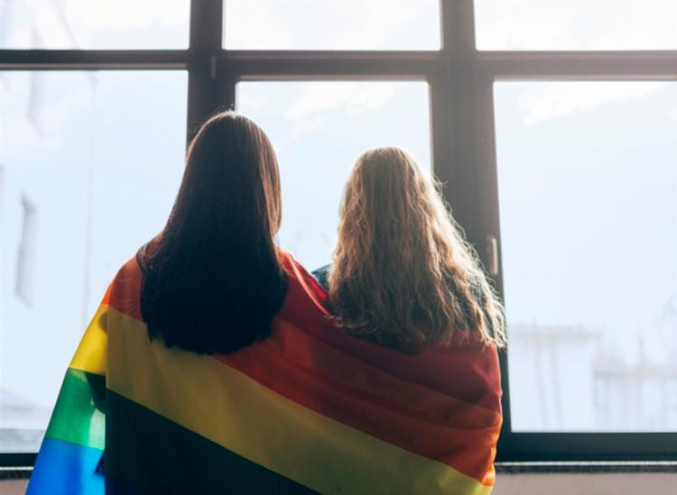 O Google listou as perguntas mais pesquisadas pelos brasileiros relacionadas à palavra homofobia - Foto: Divulgação | Freepik