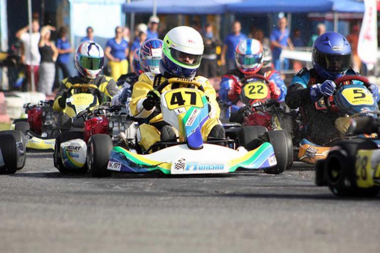 Pilotos se uniram para custear as melhorias do kartódromo onde acontece a competição - Foto: Gabriela Simões