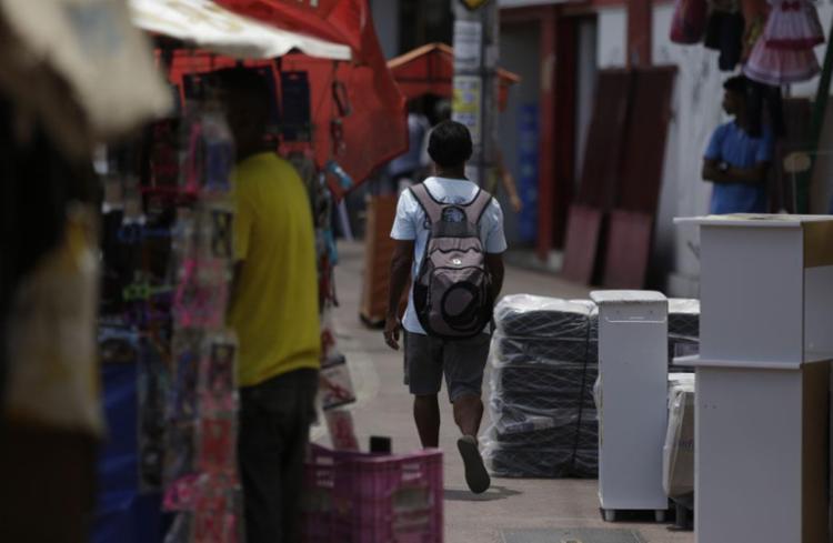 A decisão afetaria o movimento das vendas num momento importante do comércio local - Foto: Raul Spinassé l Ag. A TARDE l 1.2.2019
