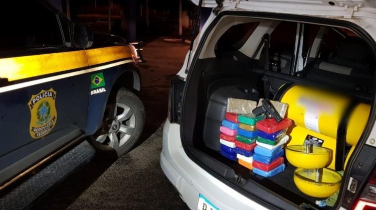 Suspeito já tinha passagem na polícia por receptação e tráfico de drogas - Foto: Divulgação | PRF