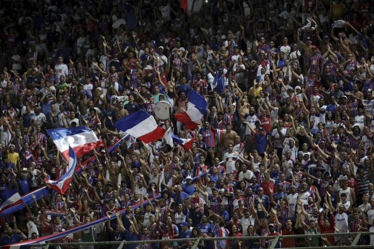 De acordo com a assessoria do clube, cada um dos 12 torcedores terá direito a um ingresso - Foto: Adilton Venegeroles | Ag. A Tarde