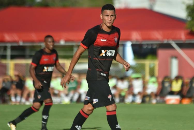 Os clubes entraram em acordo para permanência do volante por empréstimo - Foto: Divulgação   EC Vitória