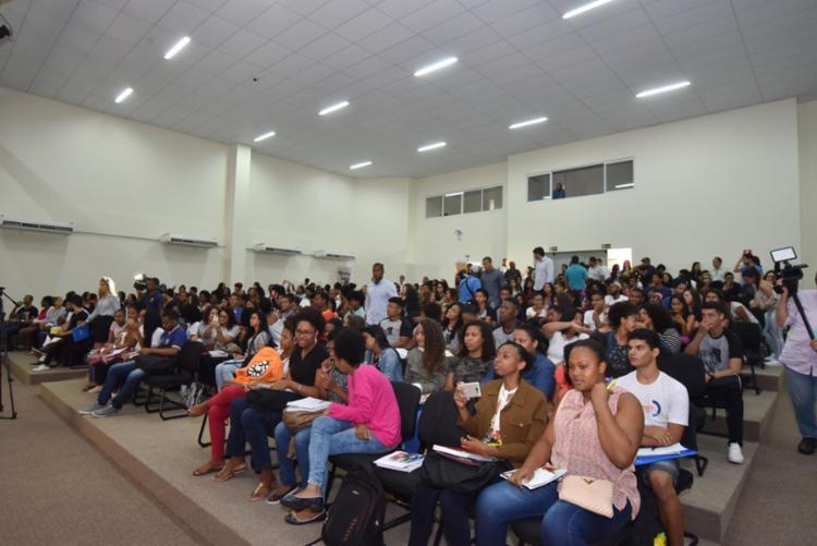 No ano passado, das 400 vagas oferecidas, 69 alunos foram aprovados em universidades públicas - Foto: Max Haack | Secom