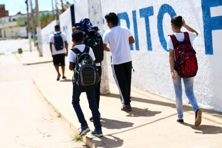 Em 2018, 75,3% dos jovens brancos de 15 a 17 anos estavam matriculados no ensino médio, contra 63,6% de jovens negros - Foto: Marcelo Camargo | Agência Brasil