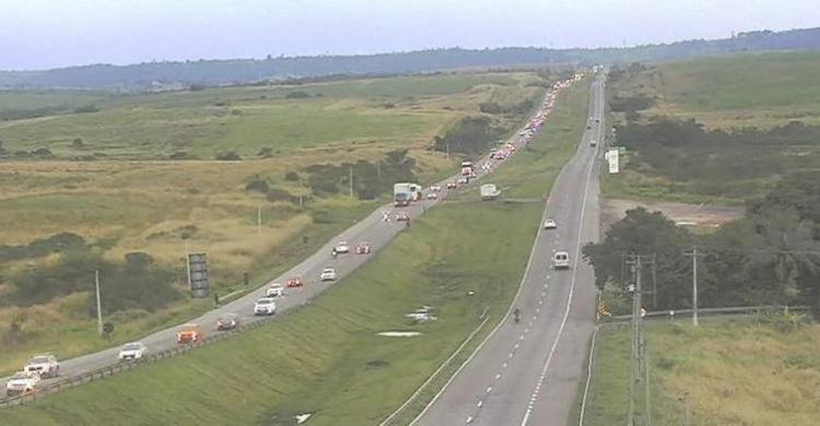 Tráfego também é lento entre Amélia Rodrigues e São Sebastião do Passé - Foto: Divulgação | ViaBahia