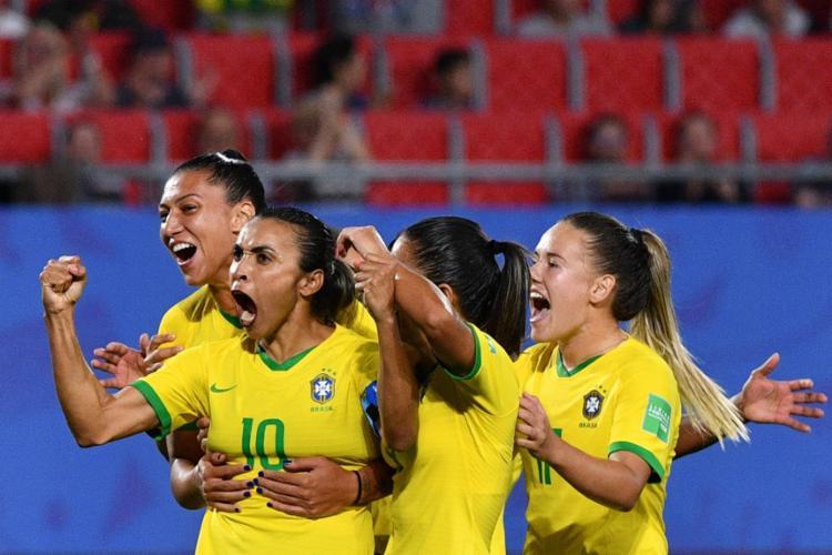 O gol anotado por Marta contra a Itália foi o 17º, superando o alemão Miroslav Klose - Foto: Phillipe Huguen | AFP