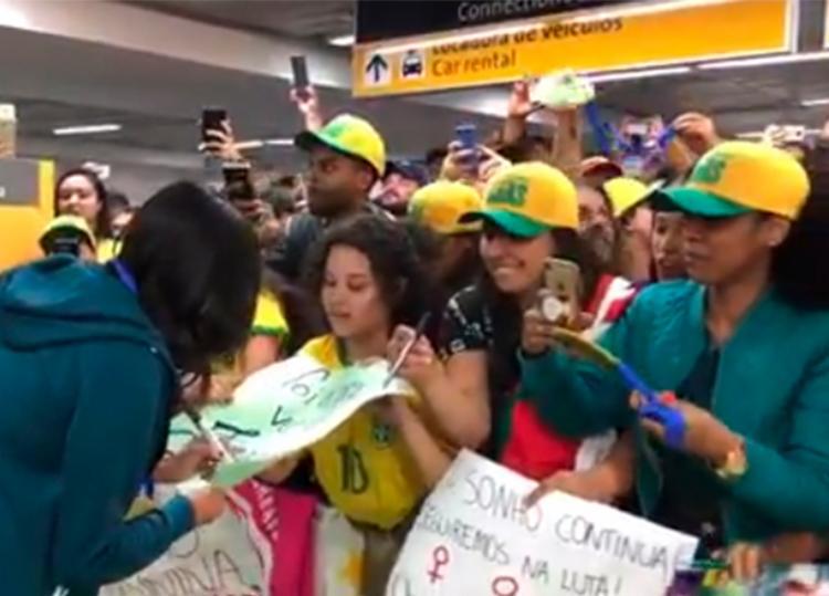 Delegação desembarcou no Aeroporto Internacional de Cumbica, em Guarulhos, São Paulo - Foto: Reprodução | Instagram
