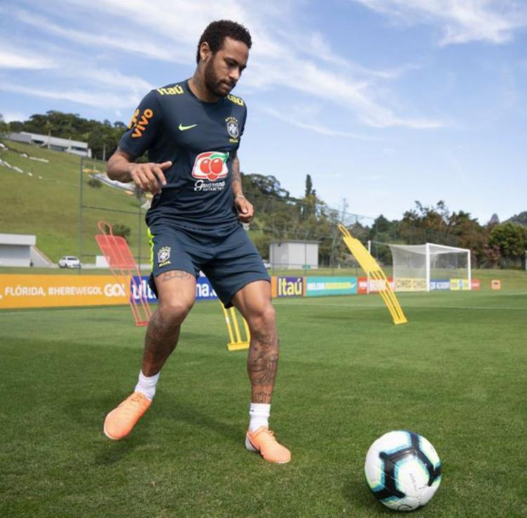 Depois de dois dias na academia, o atacante demonstrou estar em boa forma - Foto: Lucas Figueiredo | CBF