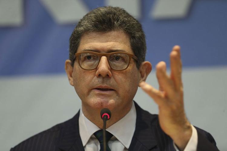 No sábado, 15, presidente afirmou que o economista estava com a 'cabeça a prêmio' - Foto: Antonio Cruz l Agência Brasil