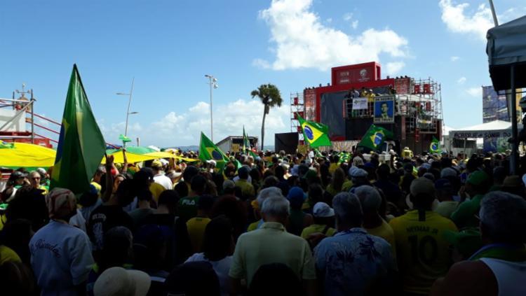 Antes da manifestação, foi executado o Hino Nacional - Foto: Luan Borges | Ag. A TARDE