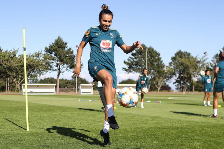 Marta pode atuar os 90 minutos, garante médico - Foto: Divulgação l CBF
