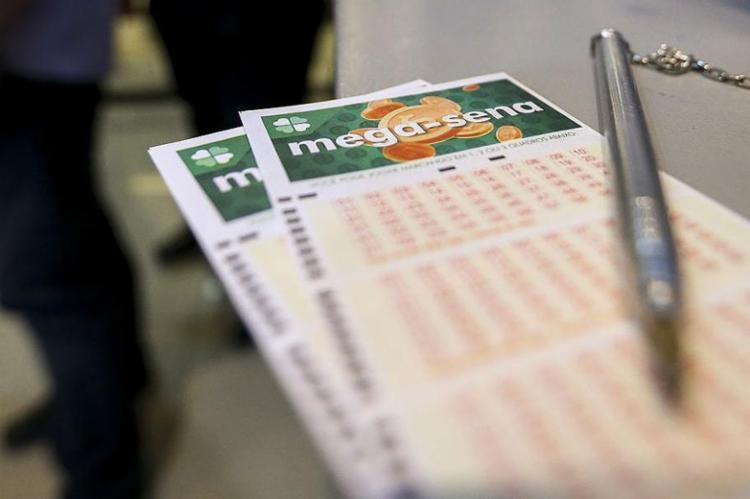 Nenhum apostador acertou as seis dezenas do concurso 2173 - Foto: Marcelo Camargo l Agência Brasil