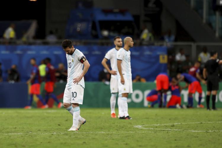 Messi lutou em campo, mas não conseguir levar os 'hermanos' à vitória - Foto: Uendel Galter l Ag. A TARDE