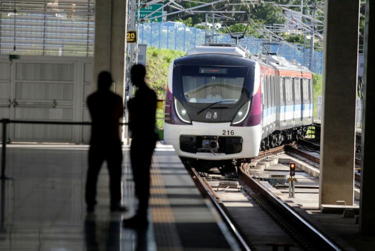 Estações de metrô funcionam normalmente durante a greve geral - Foto: Raul Spinassé | Ag. A TARDE