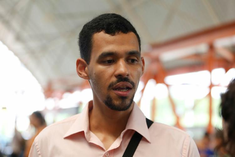 José Carlos Teixeira usa o metrô para ir trabalhar