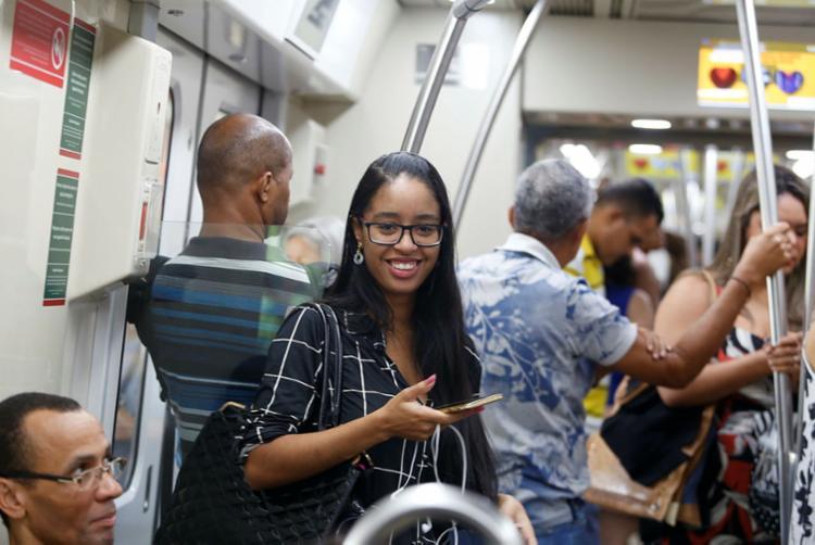 Gabriela Menezes chega mais rápido ao estágio com metrô