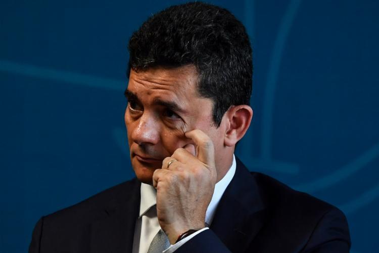 De acordo com especialistas, quando Moro atendeu a ligação, a invasão foi automática - Foto: Nelson Almeida | AFP
