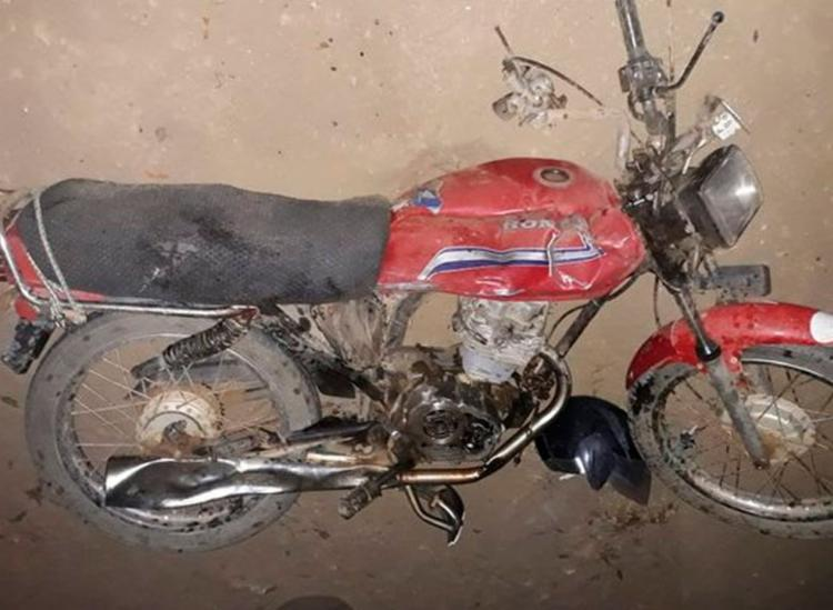 Acidente deixou motos destruídas - Foto: Reprodução   Blog do Anderson