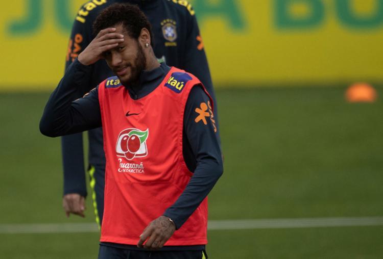 A nova polêmica chega no momento em que o camisa 10 do Brasil está se preparando para a Copa América - Foto: Mauro Pimentel l AFP