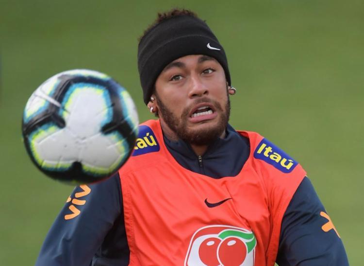 Atacante deixou problemas de lado e estará em campo para último teste antes da estreia - Foto: Carl de Souza l AFP