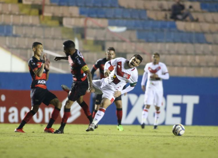 Leão esbarrou nas limitações técnicas e foi goleado na Arena Barueri - Foto: Roberto Vazquez l Estadão Conteúdo
