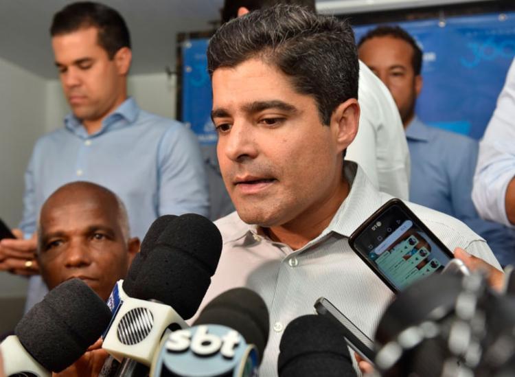 Decreto foi assinado pelo prefeito ACM, pelo secretário da Sedur e pelo chefe de gabinete da Prefeitura - Foto: Divulgação | Secom
