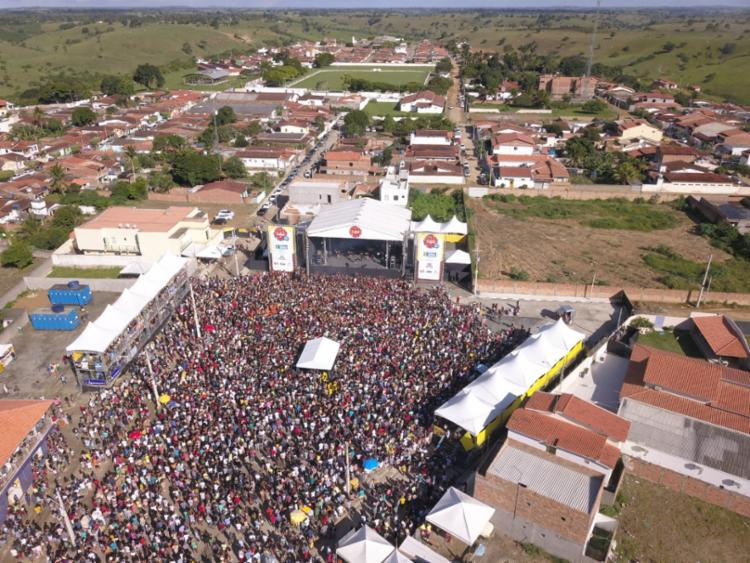 A festa junina o evento atraiu cerca de 160 mil pessoas e foi marcado pela diversidade musical - Foto: Divulgação