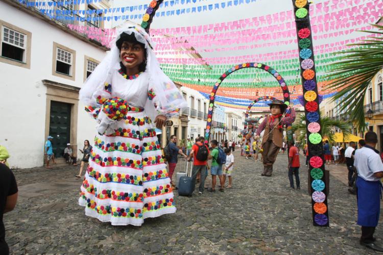 Pelourinho tem palcos em praças e largos com shows gratuitos até o próximo dia 24 - Foto: Luciano da Matta l Ag. A TARDE