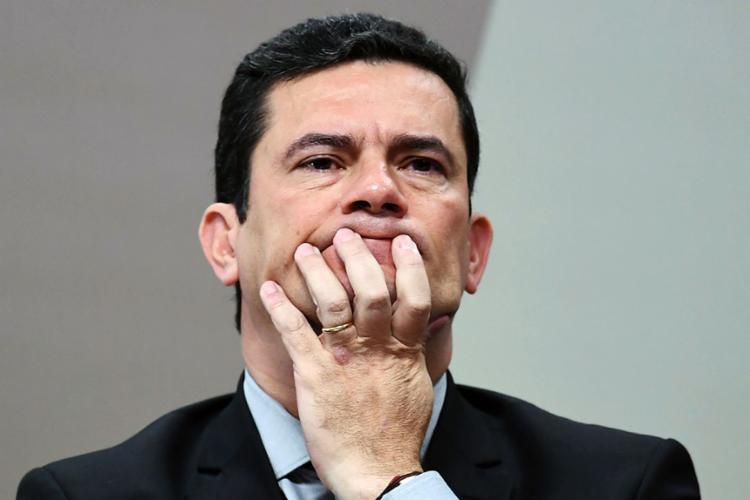 Ministro Sergio Moro afirmou que há um grupo criminoso por trás da divulgação das mensagens - Foto: Evaristo Sa   AFP