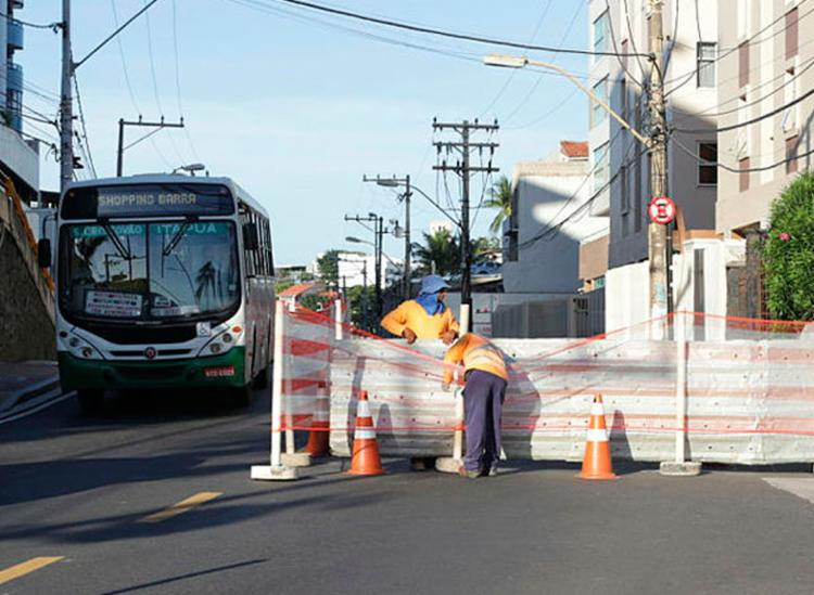 Barreiras serão instaladas em alguns pontos da cidade - Foto: Uendel Galter | Ag. A TARDE