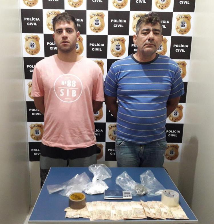 Pai e filho foram autuados em flagrante por tráfico e associação para o tráfico - Foto: Divulgação | Polícia Civil