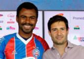 Em nota, Bahia desmente irregularidade em contratações | Felipe Oliveira | EC Bahia