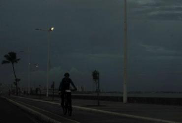 Previsão da Marinha alerta para ventos de até 60 km/h | Felipe Iruatã | Ag. A TARDE